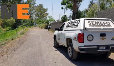 Chofer de empresa de paquetería es asesinado en un robo por asaltantes de caminos