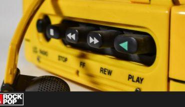Revivimos el Walkman con estas 50 canciones para salir a caminar