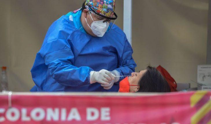 Salud reconoce 235 mil muertes COVID; vacunan al 40% de la población