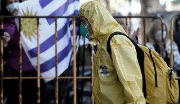 Uruguay estudia abrir las fronteras para vacunados a partir de la primavera