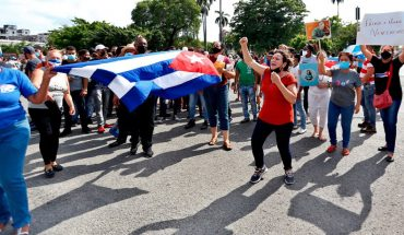 Cuba dawns calmly and without internet after a day of mass protests