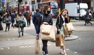 Doctors warn of end restrictions in UK