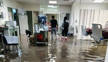 Rains flood Atizapán General Hospital, patients had to be transferred