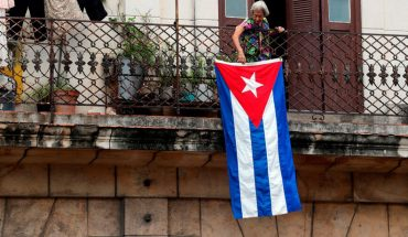 Social networks and messaging platforms suffer outages in Cuba