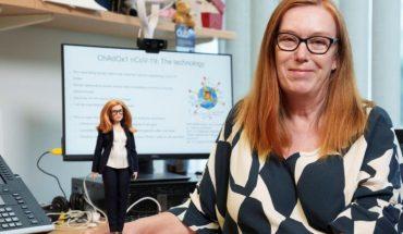 Barbie dedica una muñeca a Sarah Gilbert, creadora de la vacuna de Oxford contra el Covid-19
