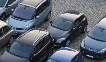 """Regulación de autos """"chocolate"""" viable si AMLO anula decreto automotor: SE"""
