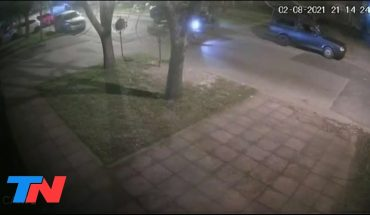Un policía de la Ciudad baleó a un motochorro para defender a su hija