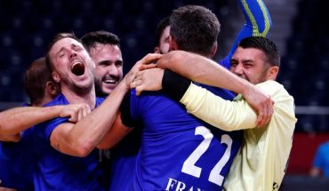 France is the king of handball in Tokyo
