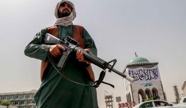 """Taliban warn of """"consequences"""" if US does not leave Afghanistan by August 31"""