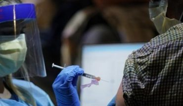 U.S. approves third dose of Covid-19 vaccine