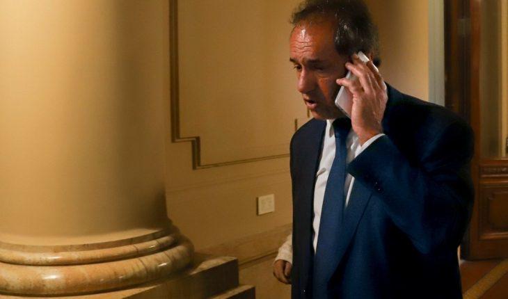 """""""Acompañando a la selección"""": el embajador Scioli, presente tras el escándalo"""