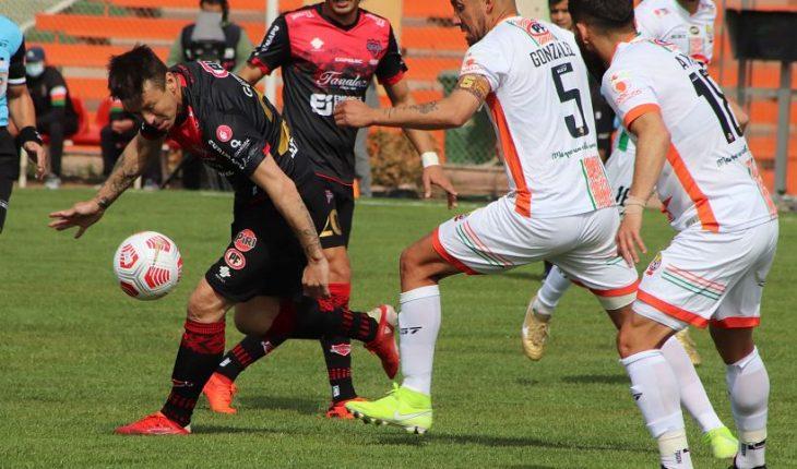 Cobresal goleó a Ñublense y logró su quinto triunfo consecutivo