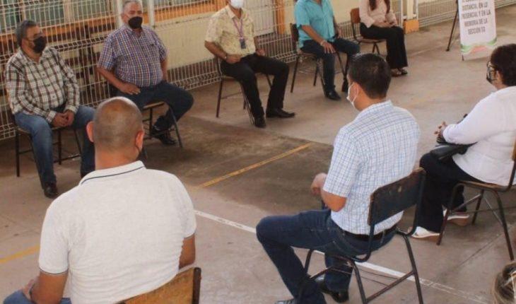 Fernando Sandoval agradece en Salvador Alvarado a docentes