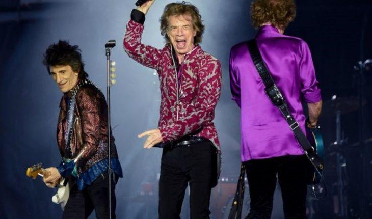 """Los Rolling Stones volvieron a los escenarios y dedicaron el show a Charlie Watts: """"Es la primera vez en 59 años que lo hacemos sin Charlie"""""""