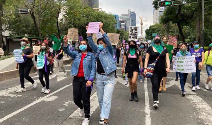 Marchan por la despenalización del aborto en todo México