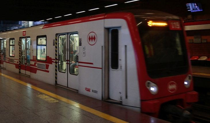Metro reactiva proyectos de Línea 8 y Línea 9 con llamado a licitación