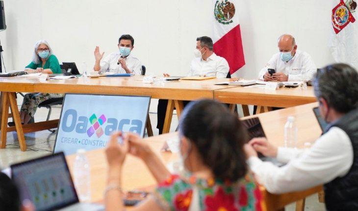 Oaxaca, IMSS e Insabi se reúnen tras despido de trabajadores de la salud