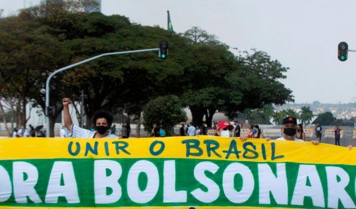 Reprobación a Bolsonaro llega al 53 %, la peor desde que está en el poder
