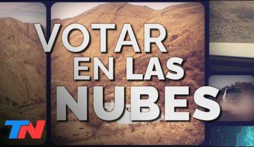 VOTAR EN LAS NUBES | 19 horas a lomo de mula a 4 mil metros para llevarles una urna a 16 personas