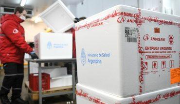 Distribute more than 1.37 million doses of AstraZeneca and Sputnik V