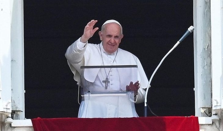 Pope Francis calls for countries to welcome Afghans seeking refuge