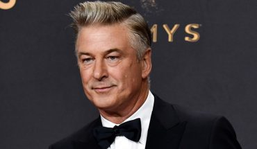 Assistant who handed over loaded gun to Alec Baldwin had previously been fired