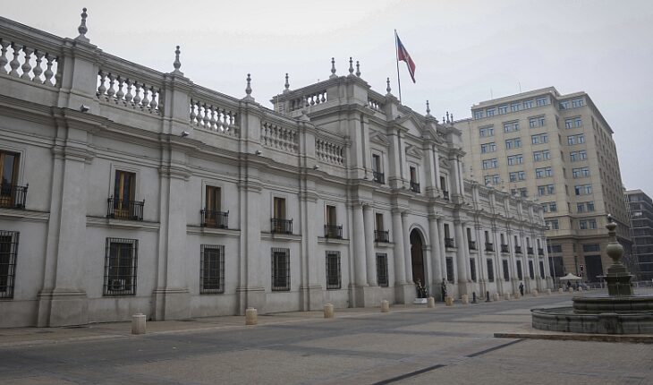 Candidates react to pandora papers revelation and opposition does not rule out Constitutional Accusation against Piñera