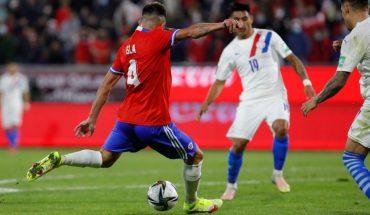 Chile venció 2-0 a Paraguay y se ubicó a cinco puntos de la zona de repechaje