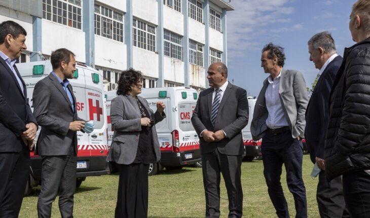 El gobierno distribuirá ambulancias a centros de sanidad de fronteras y de salud turísticos