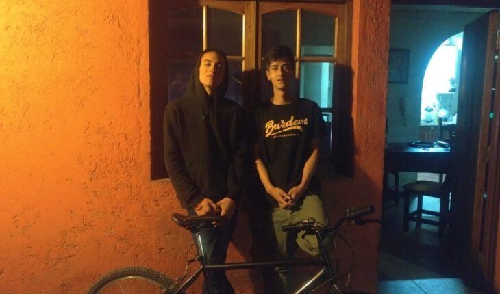 Jaff cumplió su promesa y viaja desde Mendoza a Buenos Aires en bicicleta