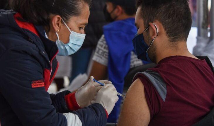 México inicia semana con 303 muertes más por COVID; Salud reconoce 279 mil
