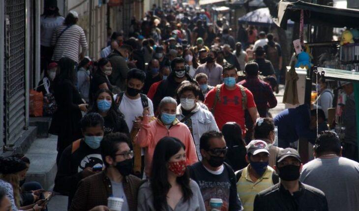 México reporta 'un salto' en nuevas infecciones por COVID, alerta la OPS