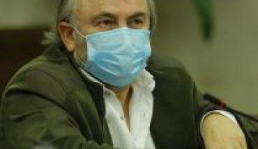 """Nadie sabe para quién trabaja: cómo ha votado el """"díscolo"""" Pepe Auth durante Piñera 2"""