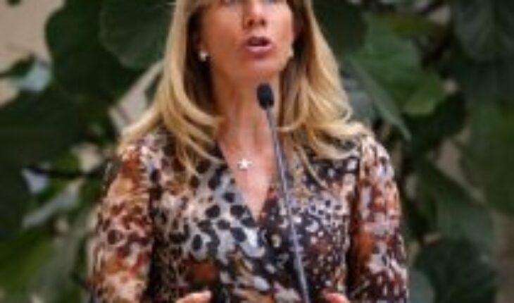 Senadora Rincón por cuarto retiro: «Es necesario buscar un equilibrio para lograr los votos»