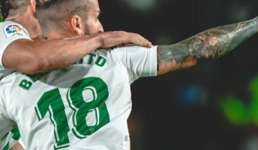 With goals from Argentina's Boyé and Benedetto, Elche drew against Espanyol