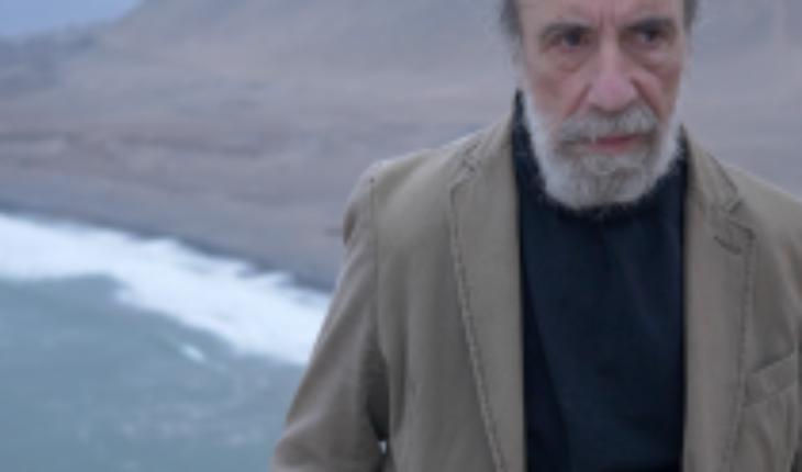 Zurita y «Sobre la noche el cielo y al final el mar»: una experiencia catártica
