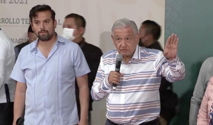 AMLO suspends act in Puebla, after irruption of demonstrators